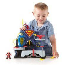 Imaginext DC Super Friends Superman Playset Fisher-Price https://www.amazon.com/dp/B00BQYR0P2/ref=cm_sw_r_pi_dp_x_MOxbybB61BKFT