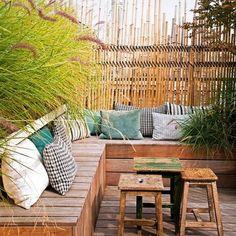 Terrasse bois avec banquette