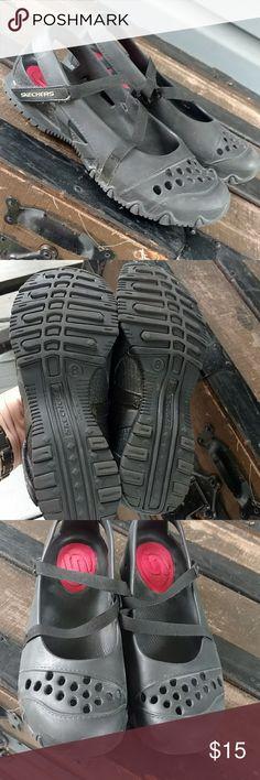 Skechers waterproof shoes sz 8 Great black waterproof shoes. Velcro strap. Super lightweight. Sz 8  Mint condition Skechers Shoes