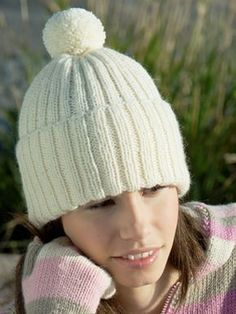 Neulottu ribbipipo Novita 7 Veljestä | Novita knits