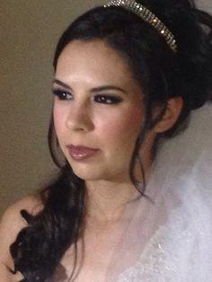 Bridal makeup for a queen. Maquillaje de novia.  www.facebook.com/LauAlvaradoMaquillistaProfesional www.bigapplemakeupcompany.com