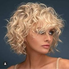 Just visit here and see our latest styles of soft blonde curly hairstyles for short hair to show off nowadays. Must use to wear this fantastic short curls just to get bold hair look. Blonde Curly Hair, Short Blonde, Short Curly Hair, Short Hair Cuts, Thin Wavy Hair, Curly Hair Styles, Fresh Hair, Spring Hairstyles, Hair Trends
