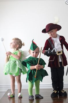 Family Halloween Costumes: Neverland Crew