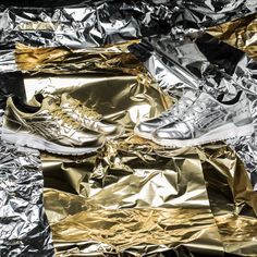 """***COMING SOON*** The silver Gel-Lyte III and the gold Gel-Lyte V from Asics """"Holiday Pack"""" will be available at our shop on Friday! Release: 30.10.2015 