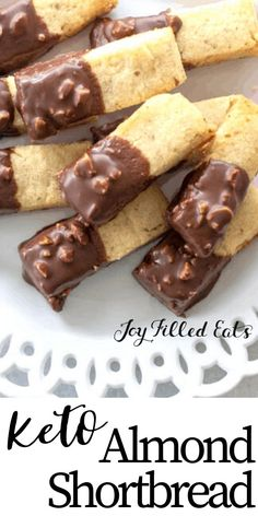 low carb yum These buttery Almond Shortbread Cookies are an enjoyable sweet treat that you cant resist. These cute little mini shortbread cookies are perfect when you want a bite or two of Keto Cookies, Almond Shortbread Cookies, Healthy Low Carb Recipes, Low Carb Desserts, Dessert Recipes, Cookie Recipes, Galletas Keto, Keks Dessert, Dessert Aux Fruits