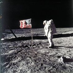 Nasa Apollo 11 lunar module pilot Buzz Aldrin stands on the moon near the American flag during NASA's historic first manned moon landing on July Apollo 11 commander Neil Armstrong took the photo. Mission Apollo 11, Apollo Moon Missions, Apollo 11 Moon Landing, 1st Moon Landing, Neil Armstrong, Programme Apollo, Apollo Program, New Zealand, Space Probe