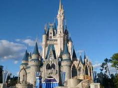 Disney Land/World one of my fav places ever! Went here MANY times as a little girl, cant wait to take Bentley!