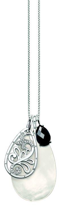 Thomas Sabo #necklace Pendant Jewelry, Jewelry Rings, Pendant Necklace, Baubles And Beads, Jewelry Boards, Thomas Sabo, Jewellery Box, Glitters, Handcrafted Jewelry