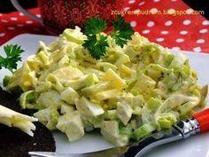 Jedna z najlepszych jakie jedliśmy, do tego szybka i tania, czego chcieć więcej? :) przepis stąd 1 duży por 4 jaja ugotowane na tw... Appetizer Salads, Appetizer Recipes, Salad Recipes, Potato Salad, Cooking Recipes, Healthy Recipes, Avocado Salad, Vegetable Salad, Recipes