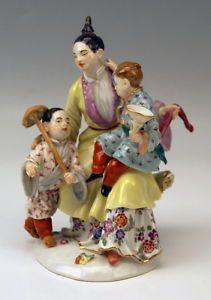 2-CHILDS-MNR-2683 JAPANESE 2-CHILDREN JAPANESE WOMAN FIGURE FOREIGN FIGURE