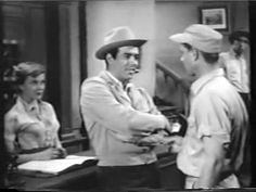 "Parnell Roberts (Adam Cartwright in ""Bonanza"" a few years later) guest starring in an episode of ""Whirlybirds"" confronting P.T. (who'd probably jump from the 47G to capture Adam and turn him over to the sheriff (and I suppose Ben, Hoss, and Little Joe would make bail for Adam later)."