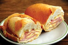The Misto Quente – The Classic Brazilian Sandwich - Brazilian Recipes Brazilian ham and cheese sandwich grilled on french bread Good Food, Yummy Food, Wrap Recipes, Wrap Sandwiches, International Recipes, Snack, Soup And Salad, Brazilian Recipes, Brazilian Dishes
