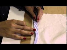 Viés contínuo | ModaByNill - YouTube Sewing Techniques, Sewing Hacks, Fabric Crafts, Patches, Quilts, Youtube, Scrappy Quilts, Embroidery Thread, Felt Books