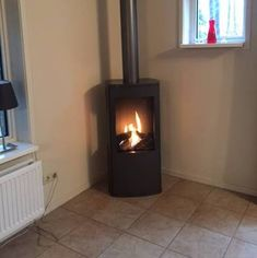 Mooie vrijstaande gashaard Stove, Home Appliances, Wood, Home Decor, House Appliances, Decoration Home, Range, Woodwind Instrument, Room Decor
