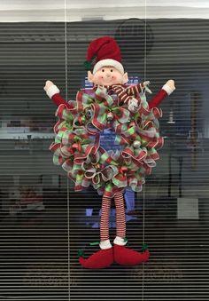 Elf ruffle mesh wreath for Christmas