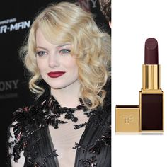 Эмма Стоун на премьере в Париже (19 июня 2012 года); помада Lip Color, оттенок Black Orchid, Tom Ford (2300 руб.)