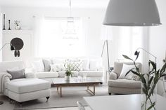 .Love the look and feel - crisp, contemporary. modern and light