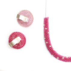 We on Facebook: http://ift.tt/2jRHDjd Beautiful Beaded Jewelry #underbeads by @underbeads Check our #AmazingPhoto WEBSTA: Dai Primavera non far la timida! Oggi è il tuo giorno! Hot pink energy for the first day of Spring  #fe_creazioni #handmadejewelry #jewelrydesigner #magiediperline #madeinturin #madeinitaly #beadedjewelry #fashionjewelry #fashionista #gioielliartigianali #crochetaddict #crochetersofinstagram #beadcrochet #crochet #uncinetto #handmadejewelry #handcraftedjewellery #etsy…
