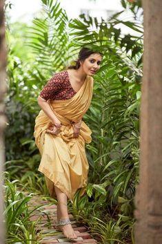 Beautiful Girl Image, Beautiful Asian Girls, Beautiful Indian Actress, Beautiful Actresses, Beautiful Saree, Indian Photoshoot, Saree Photoshoot, Glam Doll, Tamil Actress Photos
