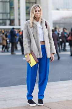 A Bright Start To New York Fashion Week: bright blue trousers with a pop of yellow #NYFW #StreetStyle