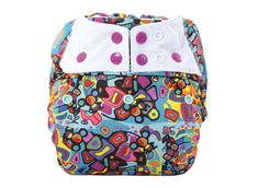 Bleie fra ca 9-19 kg, avhengig av barnets alder og kroppsbygning. Myke og elastiske strikk rundt bena og ryggen sikrer mot lekasje. Bleie har to rad med knapper og praktisk knappesystem for justering av størrelse som gjør at det er enkelt å tilpasse bleien helt perfekt. Med sperrelag kan du bruke formsydde, brettebleie, prefold eller innlegg. Innlegg kjøpes separat. Backpacks, Bags, Fashion, Handbags, Moda, Fashion Styles, Backpack, Fashion Illustrations, Backpacker