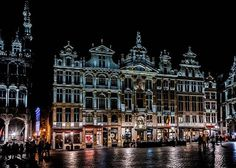 The #Brussels' #GrandPlace by night!  #Brussel #Bruxelles #GroteMarkt #Belgium #Belgique #Belgie