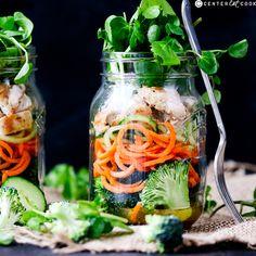 How to Make a Mason Jar Salad Recipe on Yummly. @yummly #recipe