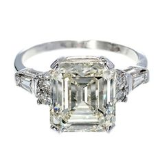 How Are Vintage Engagement Rings Not The Same As Modern Rings? If you're deciding from a vintage or modern diamond engagement ring, there's a great deal to consider. Platinum Engagement Rings, Vintage Engagement Rings, Vintage Rings, Solitaire Engagement, Vintage Silver, Diamond Rings, Diamond Jewelry, Diamond Cuts, Jewelry Rings