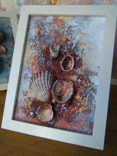 Willkommen * Die Geschichte dieser Arbeit beginnt mit der einzigartigen Georgeus-Muscheln, die ich am Strand gefunden haben und wenn ich sie zuhause mitgebracht, ich erkannte, dass sie die Leinwand zum Leben - für mich atemberaubend bringen können :) Dies ist kleine abstrakte Malerei, Acryl und Mischtechnik gerahmt Kunst Es präsentiert :) reichen Kunst-Texturen, Schichten, echte Muscheln, Sand, glänzende Farbe und Freude aus dem Meer * Meer Geschichte... Maße: 13 x 18cm, 5 x 7 Zoll MEDI...