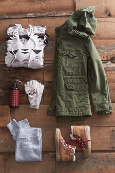 'Tis the season for soft, heritage-inspired flannels and chunky knit sweaters. These iconic pieces make amazing gifts for the girl who lives for adventure.