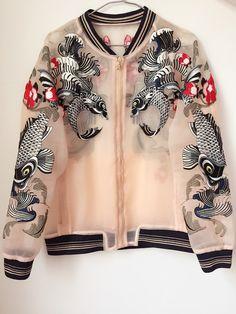 37 Creative Bomber Jacket Ideas For Women - Jackets Look Fashion, Street Fashion, Fashion Outfits, Womens Fashion, Fashion Design, Mode Kimono, Mode Kpop, Character Outfits, Mode Style