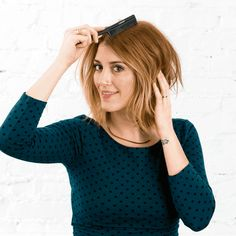 This Is the 1 Trick You Need to Make Every Hairstyle Look Better - Brit + Co Heatless Hairstyles, Down Hairstyles, Straight Hairstyles, Back Combing, Voluminous Hair, Hairstyle Look, Hair Remedies, Hair Looks, Hair Inspiration