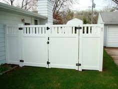 Vinyl Privacy Fence | white vinyl privacy fence Vinyl Privacy Fence, Privacy Fences, Fencing, Backyard, Patio, White Vinyl, Carpentry, Modern Design, Wordpress