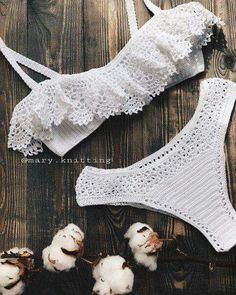 You can order the bikini pattern made with this mesh from the link below or you . Motif Bikini Crochet, Crochet Blouse, Crochet Lace, Lingerie Crochet, Crochet Bathing Suits, Crochet Woman, Crochet Designs, Crochet Clothes, Crochet Dresses