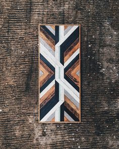 Stunning way to incorporate wood into any design! Reclaimed Wood Wall Art, Rustic Wood Walls, Wooden Wall Art, Wood Art, Wood Projects, Woodworking Projects, Woodworking Store, Geometric Shapes Art, Wood Pallet Furniture