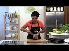 How to Carve a Leg of Lamb Kiwi Recipes, Ham Glaze, Christmas Crackers, Finger Foods, Food Inspiration, Lamb, Food Ideas, Carving, Christmas Biscuits