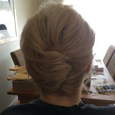 Updos For Medium Hair - The Casual Mini French Twist