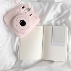 Angel Aesthetic, Aesthetic Images, White Aesthetic, Instax Mini 8, Fujifilm Instax Mini, Pretty Little Liars, Pretty In Pink, Camara Fujifilm, Beautiful Inside And Out