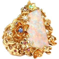 Preowned Christian Dior Victoire De Castellane White Opal Gem Set Gold... (189.385 RON) ❤ liked on Polyvore featuring jewelry, rings, accessories, white, opal rings, yellow gold opal ring, white ring, yellow gold flower ring and statement rings