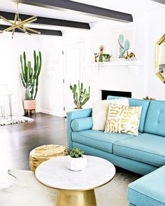 Home is where the cactus is, amiright?? Full den tour up on ABM today, go have a gander, and by that I mean not a male goose. #chezgummerman