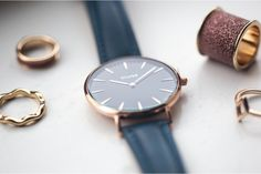 #minimal cluse watch in navy