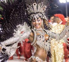 Le+carnaval+de+Rio+atteint+son+apothéose+avec+sa+deuxième+nuit+de+défilés,+loin+du+Zika