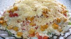 Салат с курицей, сыром и сухариками. Очень вкусный и сытный