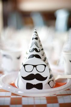 Party hats at a little man mustache birthday party! See more party ideas at… Little Man Birthday Party Ideas, Little Man Party, 1st Birthday Party Themes, Lego Birthday, 1st Boy Birthday, Moustache Party, Mustache Theme, Mustache Birthday, Mustache Party Decorations
