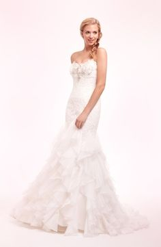 Exclusive 699 gowns kleinfeld sample sale pinterest for Kleinfeld wedding dresses sale