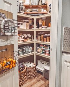 Pantry game (still) strong. And they come in the form of tidy plastic bins and an old school label maker. Apartment Kitchen Storage Ideas, Ikea Kitchen Storage, Kitchen Storage Containers, Kitchen Pantry Cabinets, Storage Cabinets, Closet Pantry Shelving, Pantry Closet Organization, Organization Ideas, Pantry Design