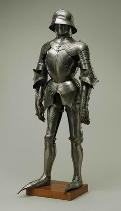 Lorenz Helmschmied (German), Gothic Armor (c. 1485 and later) | Great Hall | Detroit Institute of Arts
