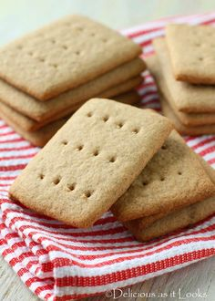 Sorghum 'Graham' Crackers {Gluten-Free, Vegan, Gum-Free, FODMAP-Friendly} / Delicious as it Looks