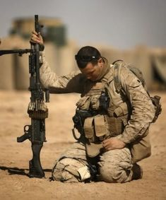 """""""Say a prayer for me, say a prayer for my family, say a prayer for my unit, say a prayer for my country"""" ~ Lord Jesus Christ we ask that you bless them and us. In Your Name we pray. Amen Let our country bring back our service men and women! Religion, Prayer For My Family, Military Life, Military Army, Military Quotes, Army Mom, Military Honors, We Are The World, American Soldiers"""