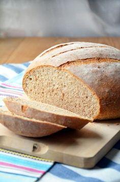Teljes kiőrlésű szezámmagos tönkölykenyér Tipikus Flammeres: Aktuális kedvenc kenyerem Food And Drink, Sweets, Cookies, Baking, Breads, Sweet Pastries, Bread Making, Biscuits, Goodies